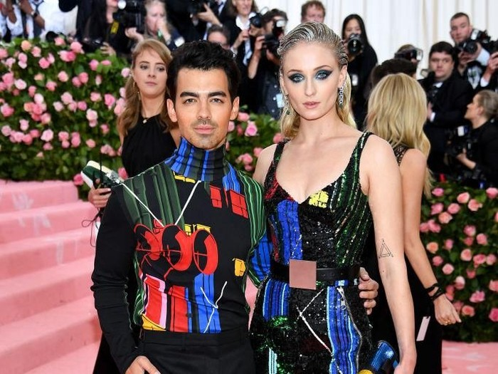 NEW YORK, NEW YORK - MAY 06: Joe Jonas and Sophie Turner attend The 2019 Met Gala Celebrating Camp: Notes on Fashion at Metropolitan Museum of Art on May 06, 2019 in New York City. (Photo by Dimitrios Kambouris/Getty Images for The Met Museum/Vogue)