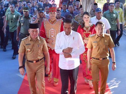 Prabowo Ngotot Tolak Hasil Pemilu, Apa Kata Jokowi?