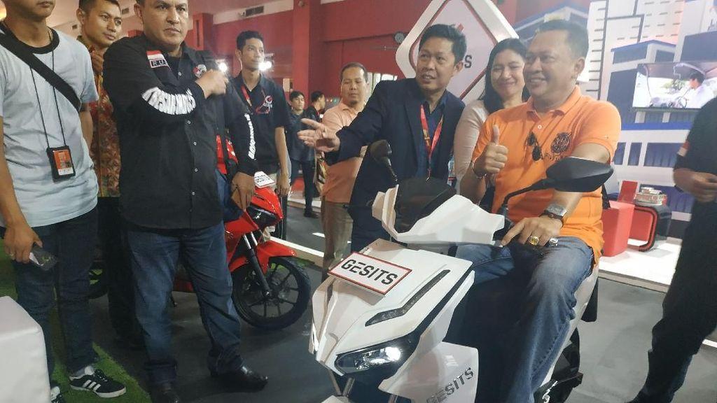 Bamsoet: Kendaraan Listrik Keinginan Kuat Pak Jokowi