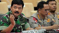 Panglima: TNI Solid Back-up Polri Tangani Perusuh
