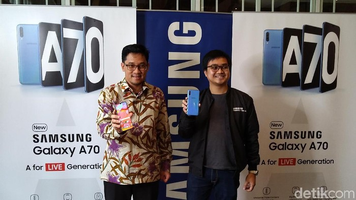 Samsung Galaxy A70 resmi meluncur di Indonesia. (Foto: Muhamad Imron Rosyadi/detikINET)