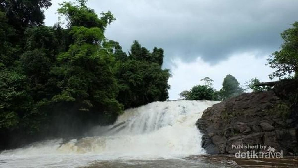 Kalimantan Barat Punya Air Terjun dan Destinasi-destinasi Cantik Baru Hits