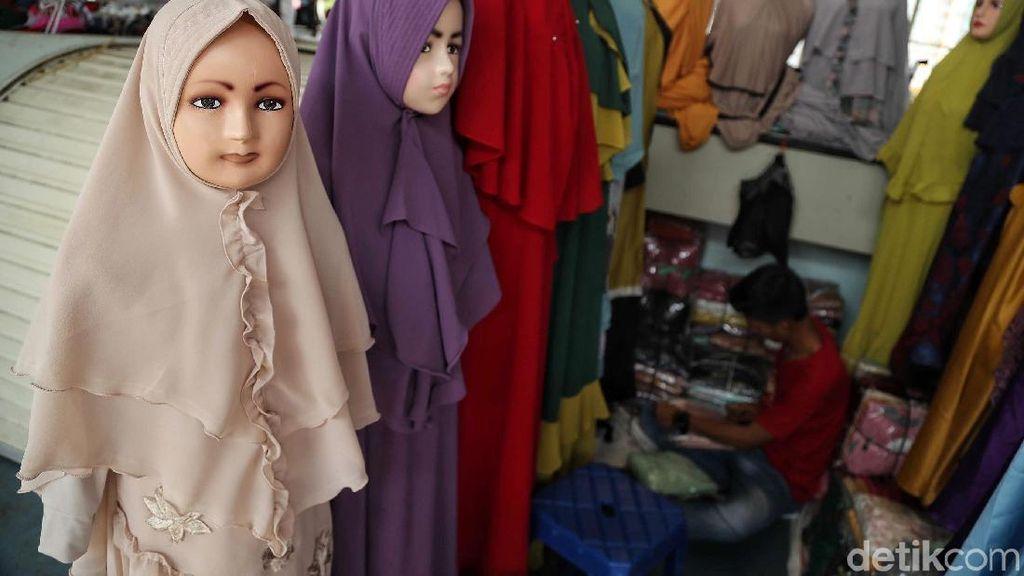Dua Partai Pro-Pemerintah Austria Setujui UU Larangan Jilbab di SD