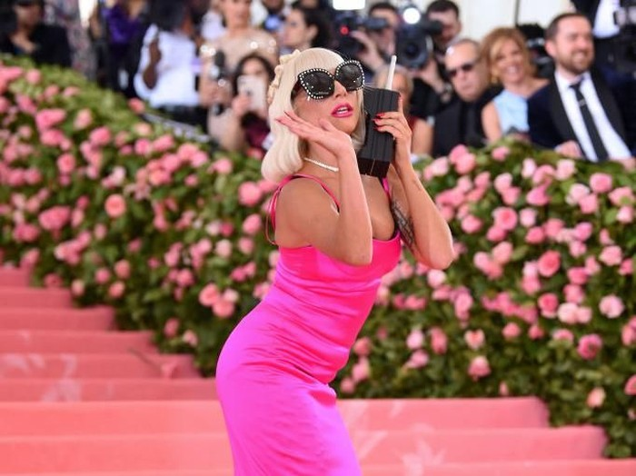 NEW YORK, NEW YORK - MAY 06:  A view of Lady Gagas wagon at The 2019 Met Gala Celebrating Camp: Notes on Fashion at Metropolitan Museum of Art on May 06, 2019 in New York City. (Photo by Jamie McCarthy/Getty Images)