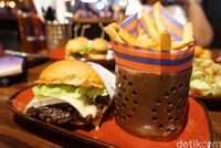 Truffle Burger dari Le Burger Alila SCBD