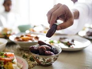 Puasa di Saat Corona, Ini 6 Tips Hindari Makan Berlebihan Saat Sahur & Buka