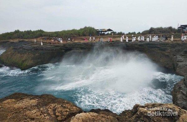 Objek wisata di Bali.