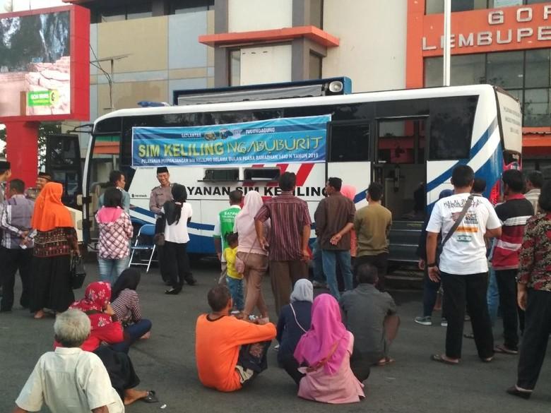 Sambil Ngabuburit, Warga Tulungagung Bisa Perpanjang SIM Lho