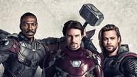 Thor diperankan oleh Brad Pitt, Iron Man oleh Tom Cruise dan Falcon diperankan oleh Eddie Murphy.Dok. Instagram/houseofmat