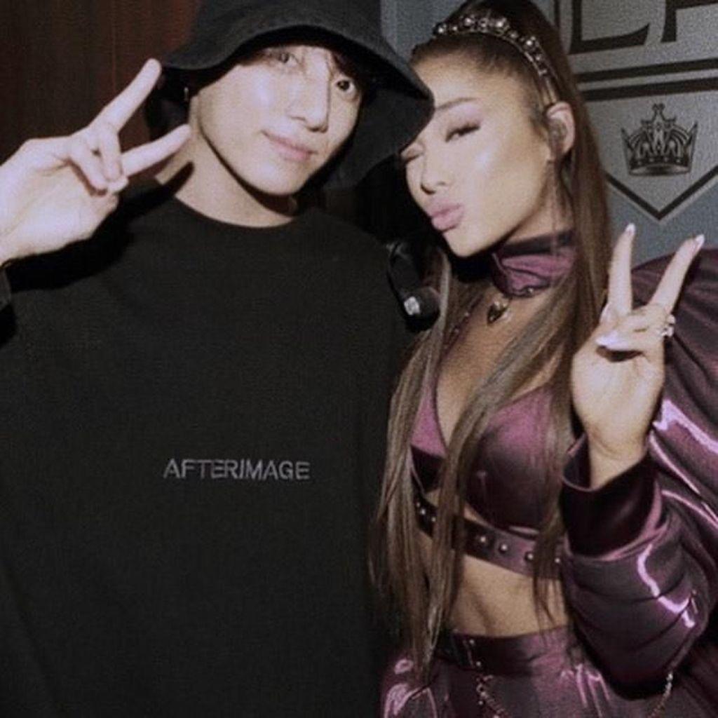 Ini Pesan Manis Jungkook untuk Ariana Grande