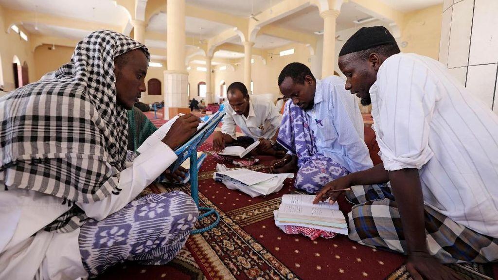 Antusias Umat Muslim di Timur Afrika Sambut Bulan Suci Ramadhan