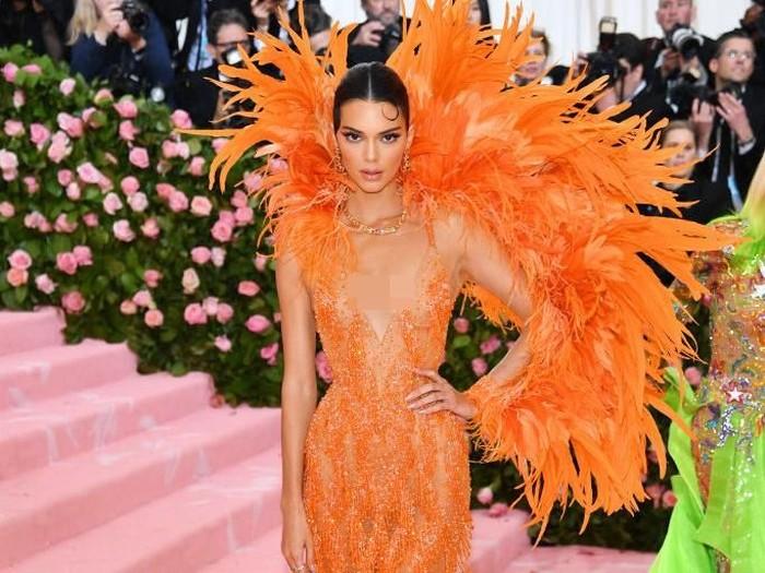 Kendall Jenner di MET Gala 2019. Foto: Dimitrios Kambouris/Getty Images