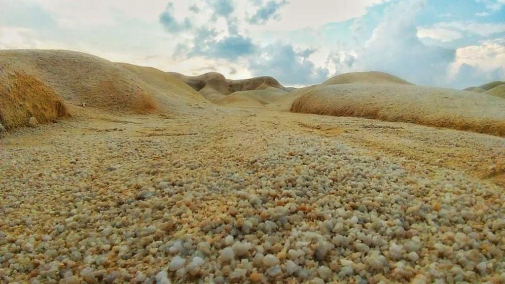Potret Gurun Pasir Ala Timur Tengah di Pulau Bintan