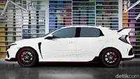 Honda Civic Type R ala lego ini juga dilengkapi lampu yang bisa menyala layaknya lampu mobil sungguhan. Lampu depan, lampu DRL, lampu kabut, lampu hazard, lampu rem, hingga lampu mundur bisa menyala normal. Lampu-lampu tersebut bisa dioperasikan melalui perangkat tablet Apple iPad