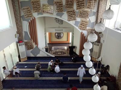 Masjid Kabbah Makassar Kian Ramai Dikunjungi Bulan Ramadhan
