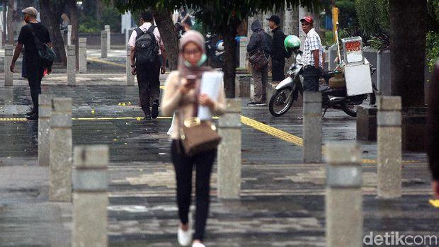 Trotoar Sudirman /
