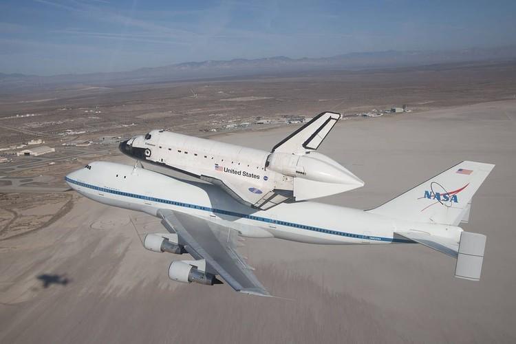 Pesawat Endeavour