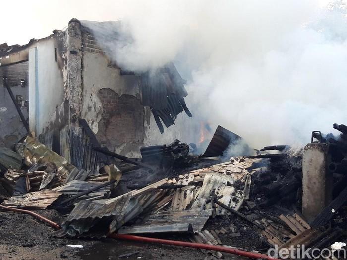 Industri rumahan kerupuk yang terbakar/Foto: Hilda Meilisa Rinanda