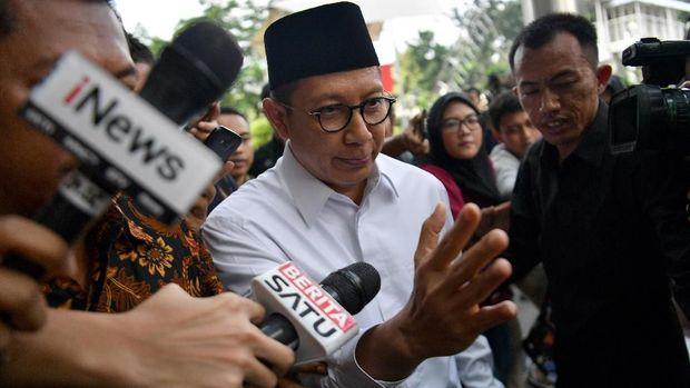 Menag Lukman hakim Saifuddin mengaku sudah melaporkan Rp10 juta dari tersangka KPK, namun itu terjadi setelah OTT.