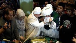 Fakta-fakta Terkait Rambut Nabi Muhammad SAW yang Disimpan Opick