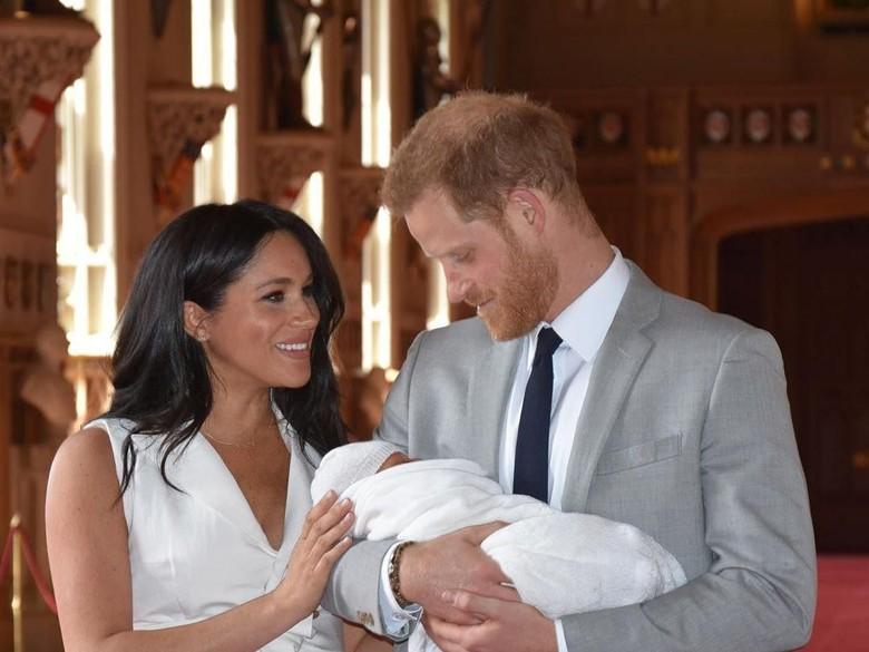 Meghan Markle Melahirkan Bikin Pangeran Harry Rindu Putri Diana
