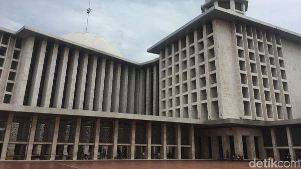 Cucu Ahmad Dahlan Jadi Ketua Tim Arsitek Renovasi Masjid Istiqlal