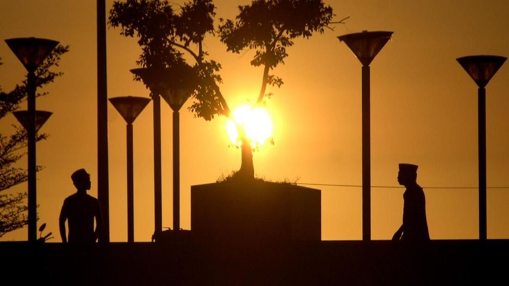 Puasa: Merajut Keadaban Politik
