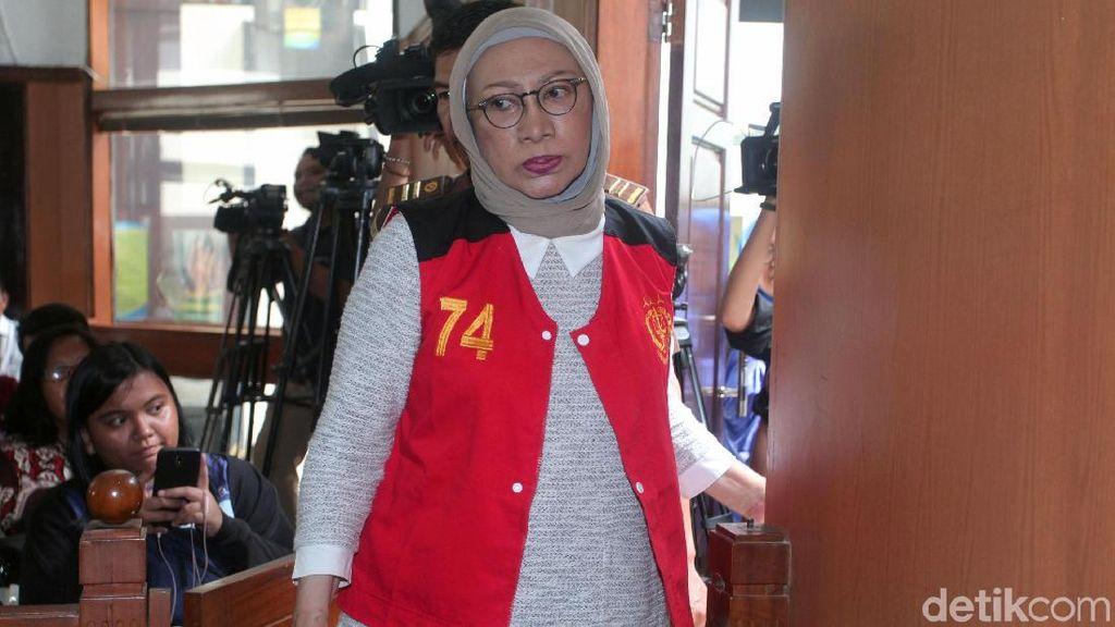 Ratna Sarumpaet Tanya Hasil Operasi Wajah ke Dokter: Kenapa Jadi Buruk?