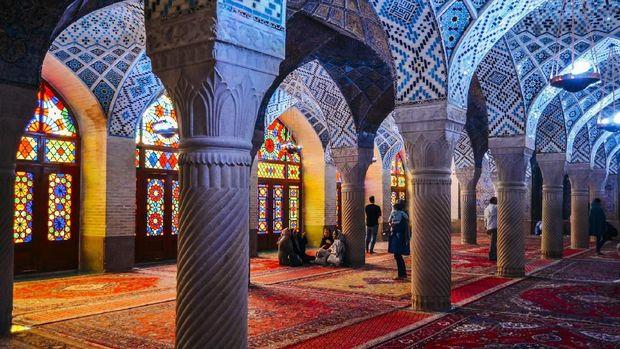Masjid Nasir Al-Mulk, Iran