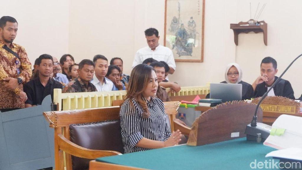 Lasmi Indaryani dan Bupati Banjarnegara Beri Kesaksian di Sidang Mafia Bola