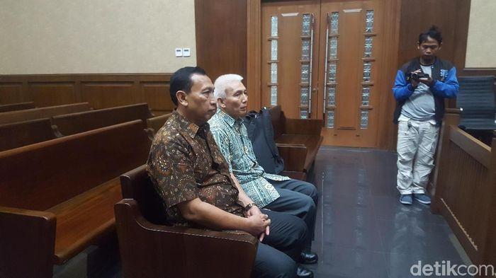Sekjen KONI Ending Fuad Hamidy menjalani sidang tuntutan terkait perkara suap dana hibah KONI (Zunita/detikSport).
