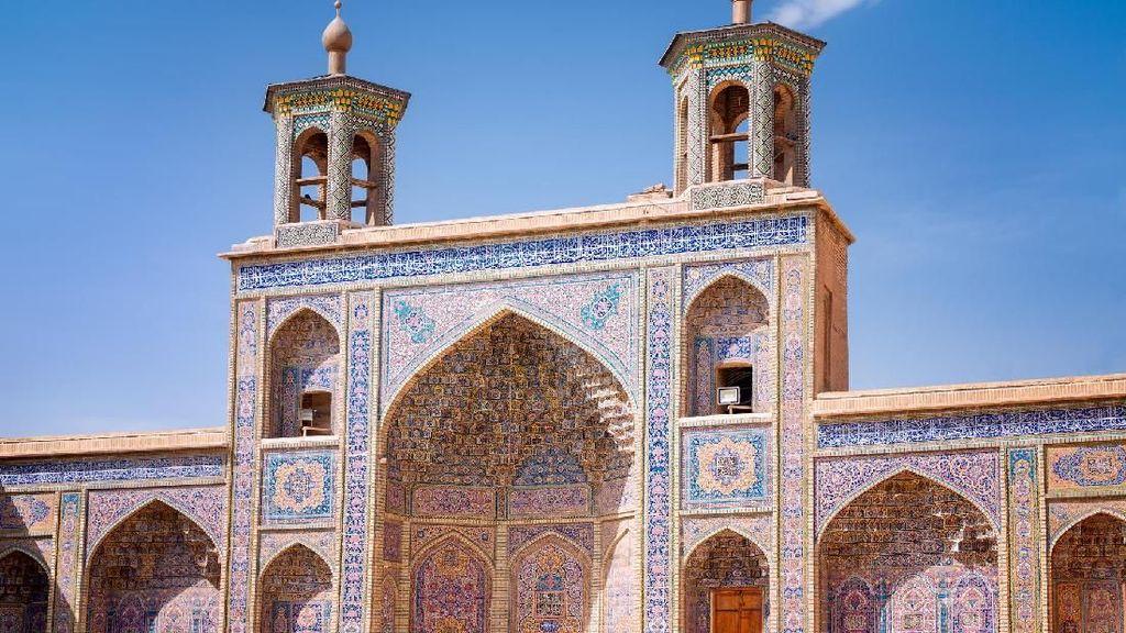 Potret Masjid Tercantik di Iran