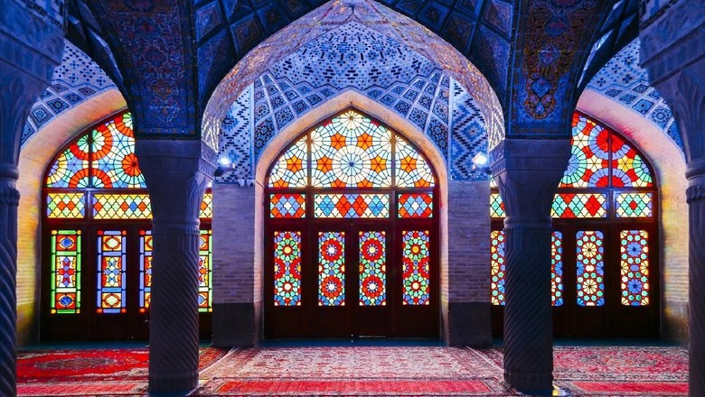 Foto: Masjid Nasir Al Mulk di Iran (iStock)