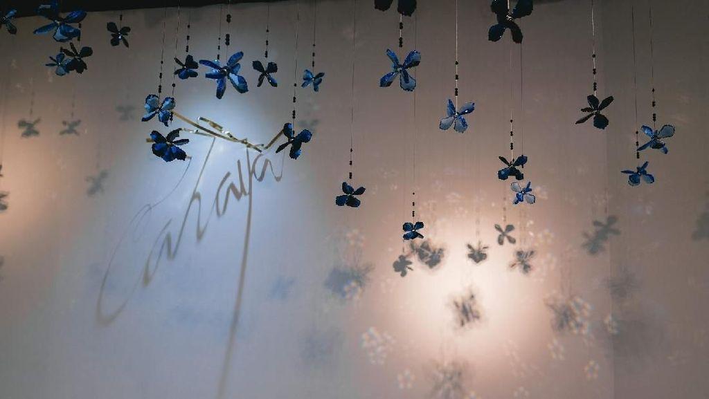 Tertarik Lihat Instalasi Cahaya yang Bersinar di Senayan City?