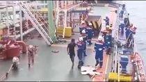 Kapal Pertamina Selamatkan 9 ABK Kapal Ikan di Krueng Raya
