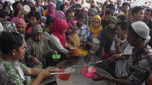 5 Masjid Raya di Indonesia Ini Sajikan Takjil Istimewa Selama Bulan Puasa