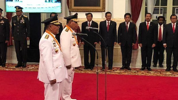 Pelantikan berlangsung di Istana.
