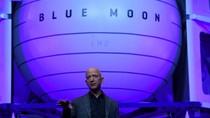 Jeff Bezos Mau Ubah Es di Bulan Jadi Bahan Bakar
