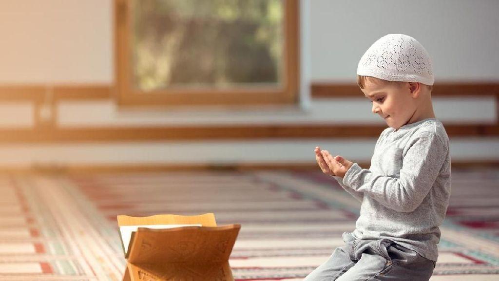 Doa Menuntut Ilmu dan Doa Setelah Belajar Agar Lebih Bermanfaat