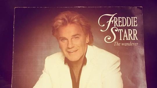 Komedian Freddie Starr Ditemukan Meninggal di Rumahnya