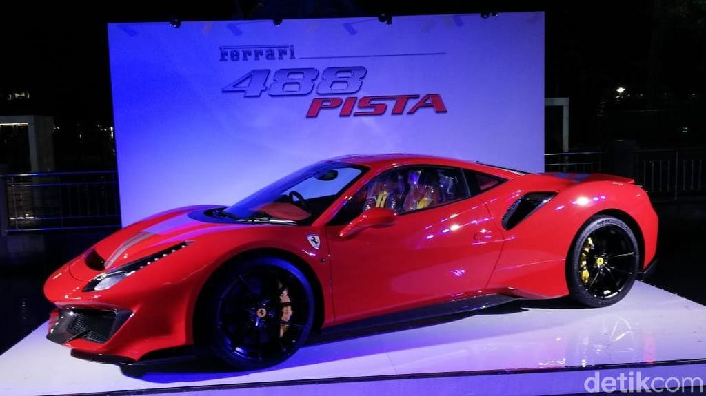 Ferrari Raih Penghargaan Mesin Terbaik 2019