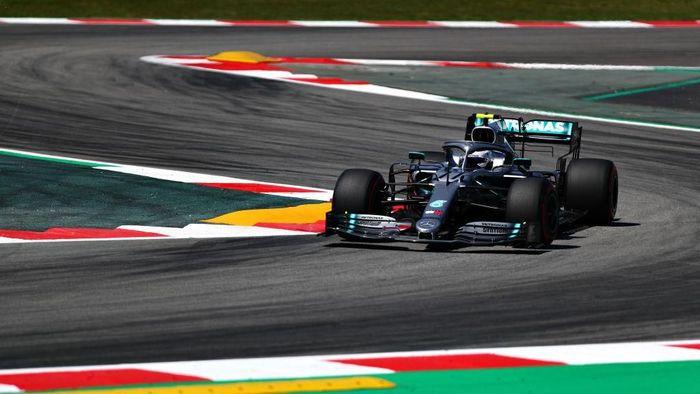Valtteri Bottas jadi yang tercepat di sesi latihan bebas pertama GP Spanyol (Foto: Dan Istitene/Getty Images)