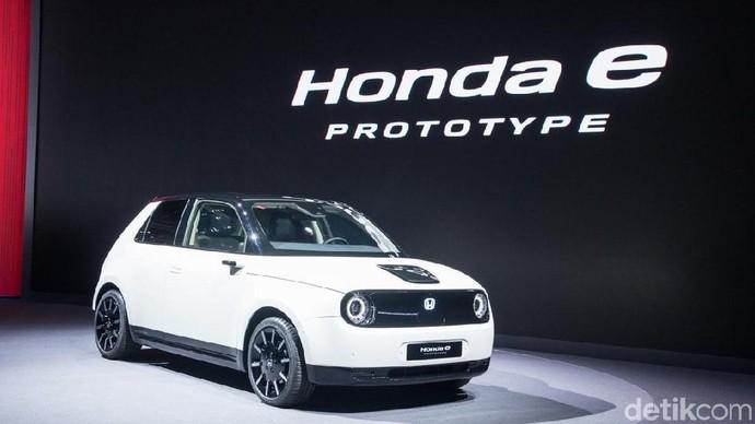Mobil Listrik Mungil Honda e