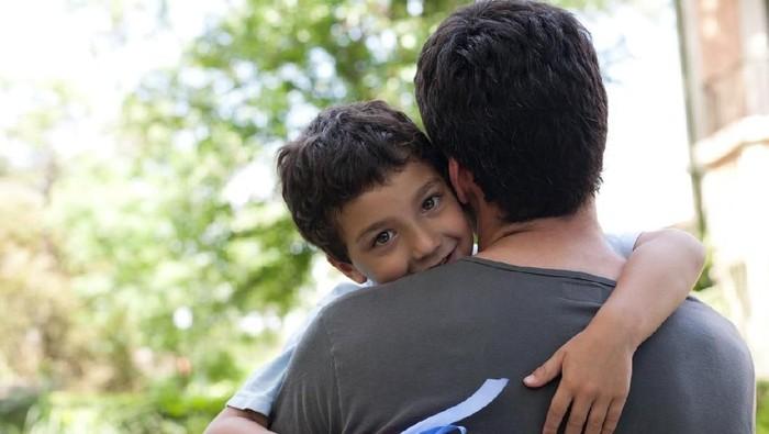 Ilustrasi ayah dan anak. Foto: iStock