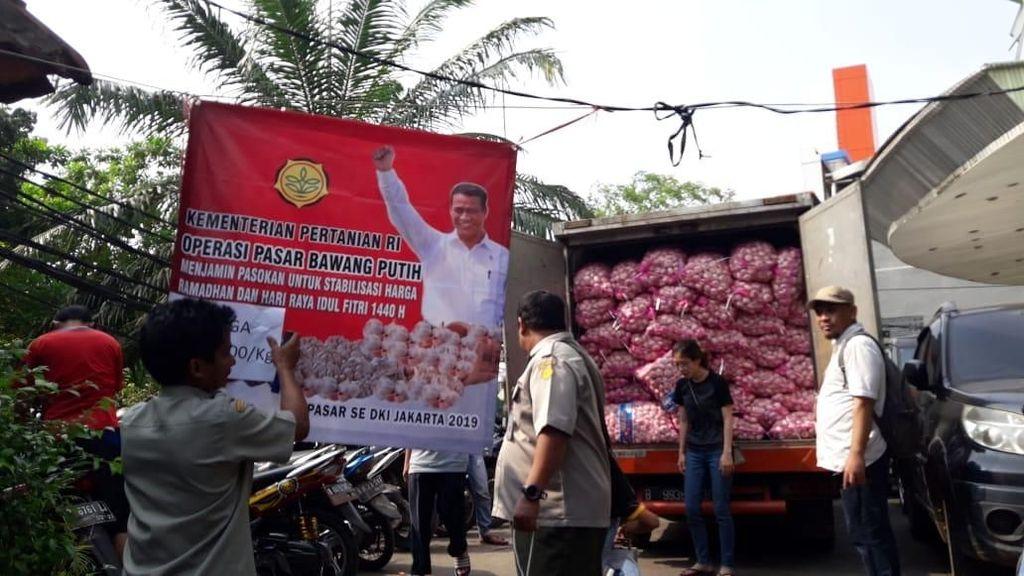 Kementan Jual Bawang Putih Rp 25.000/Kg di 40 Pasar Jakarta