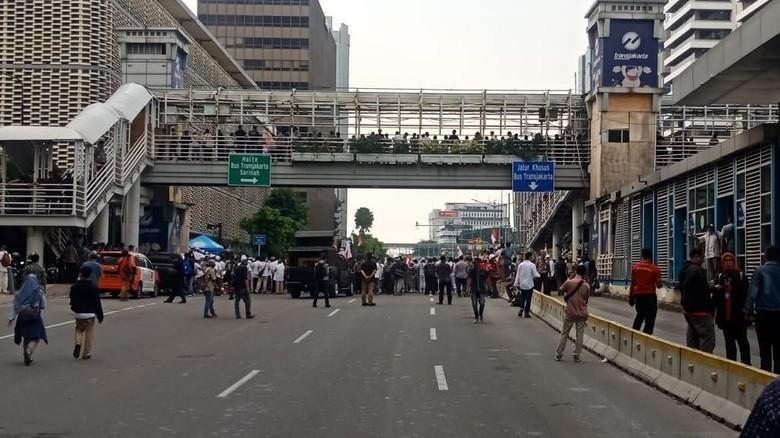 Busway Tertutup Pendemo Bawaslu, Rute TransJ Arah Monas Dialihkan