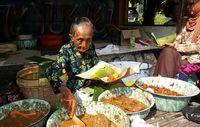 Legenda Jajan Pasar Yogyakarta, Mbah Satinem Jadi Cerita 'Street Food' Netflix