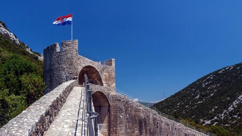 Tembok Besar Ston di Kroasia (iStock)