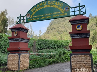 Gunung Semeru Dibuka Lagi 1 Oktober 2020