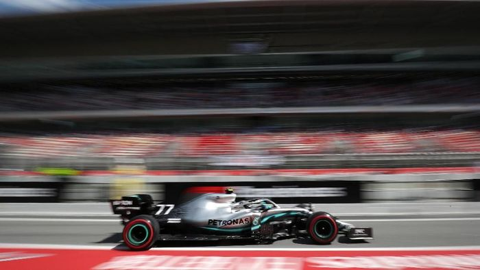 Valtteri Bottas jadi pebalap tercepat di sesi kedua latihan bebas GP Spanyol (Albert Gea/REUTERS)